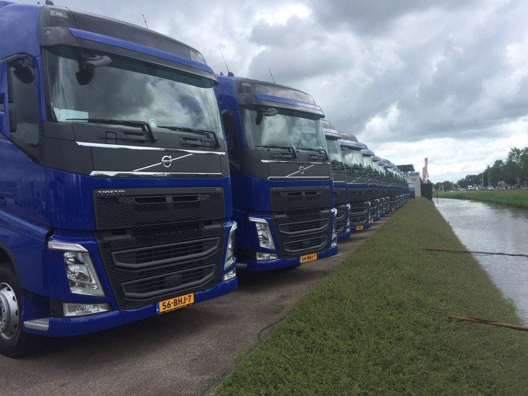 Autowassen op locatie! Regio Noord-Holland - Autowassen aan huis